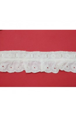 Sangallo Lace Shirred Cream With Toggle Buttons 4-Cm High