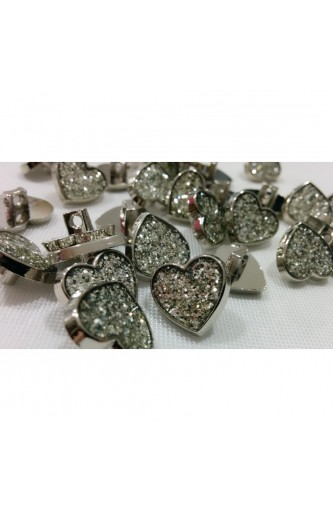 Plastic buttons heart with sparkles of silver with loop line 24