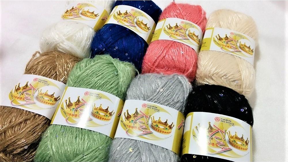 La lana de las bolas de hilo de 50 gramos rey cucirini tre stelle con lentejuelas Cammello