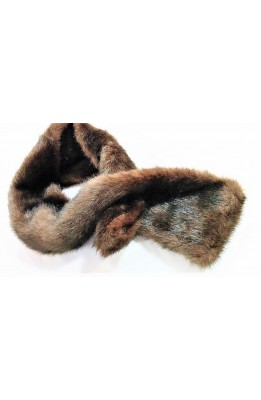 Scarf in faux fur with a hole to slip it 95x13 inches